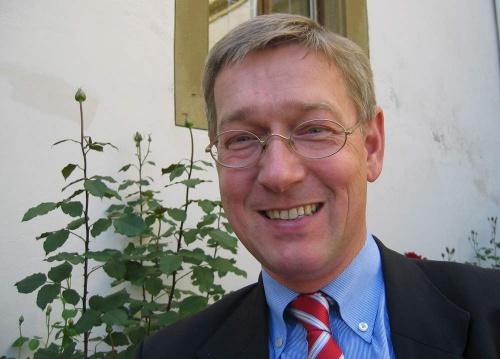Prof. Dr. Eckart Conze